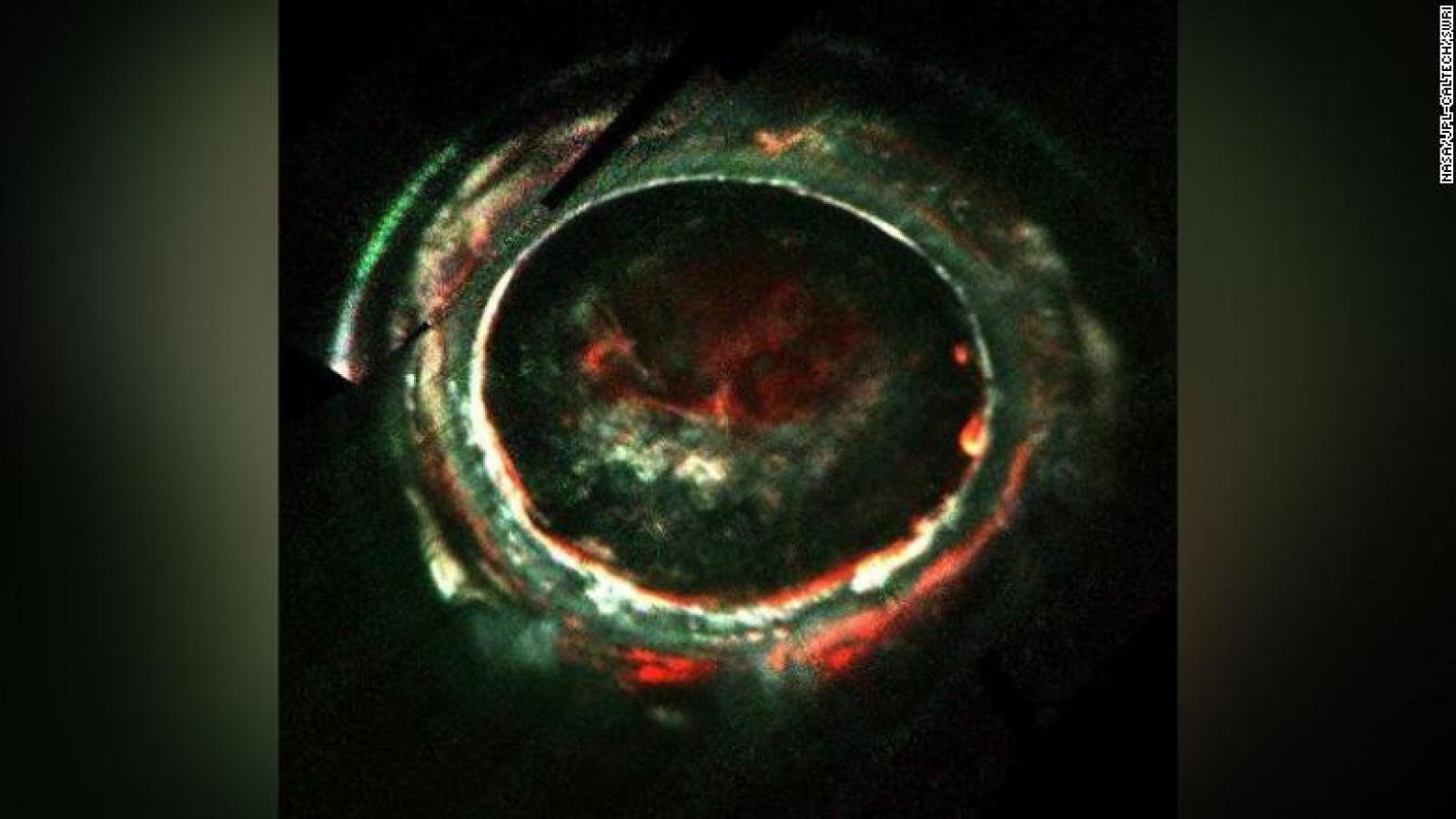 Giải mã bí ẩn cực quang trên sao Mộc sau hơn 40 năm