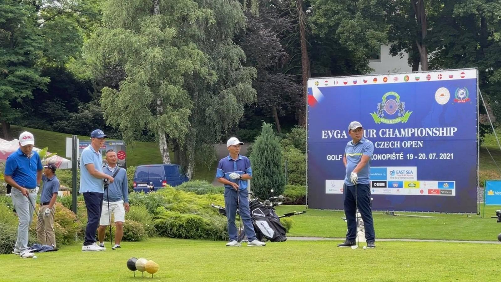 Giải Golf Việt – Séc 2021 mở rộng gắn kết người Việt tại châu Âu