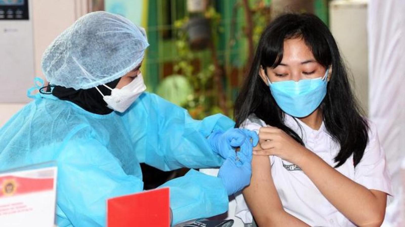Indonesia lên kế hoạch tiêm mũi vaccine ngừa Covid-19 thứ 3 cho người dân