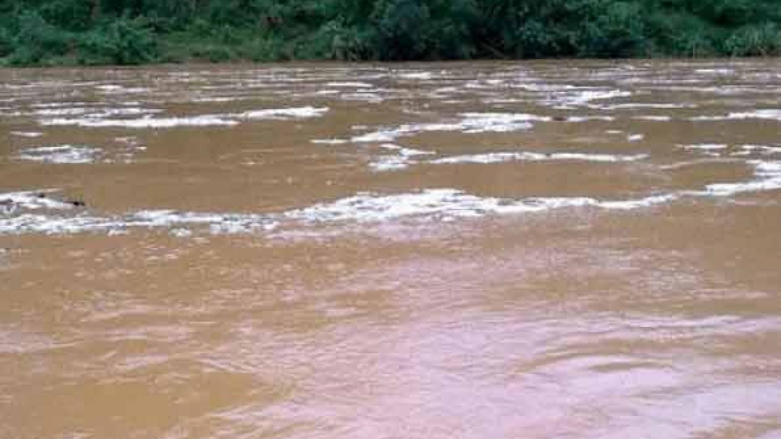 Lào Cai: Một phụ nữ trượt chân tử vong dưới sông