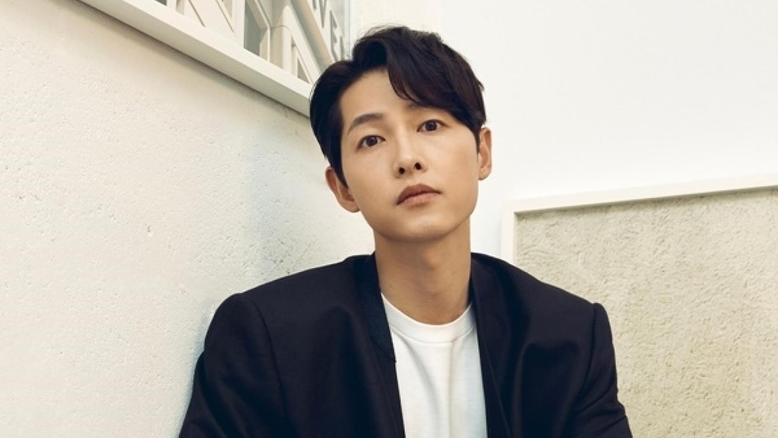 """Sau """"trùm mafia"""" Vincezo, Song Joong Ki hoá thân thành con trai nhà tài phiệt"""