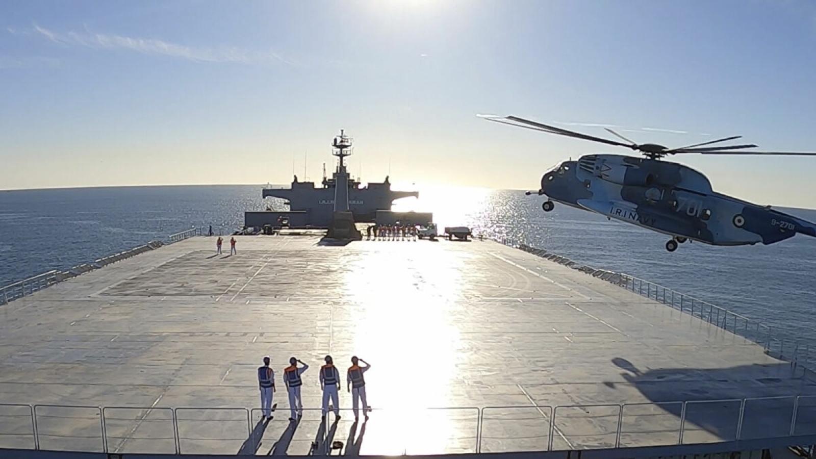 Iran thừa nhận điều tàu chiến tới Đại Tây Dương để chọc giận Mỹ