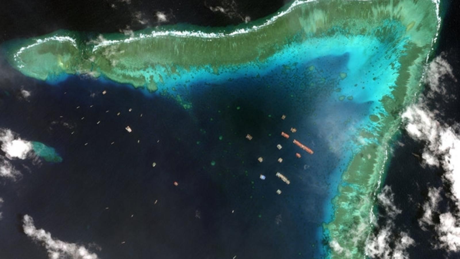 Chuyên gia Mỹ: Tàu Trung Quốc hủy hoại nghiêm trọng môi trường Biển Đông