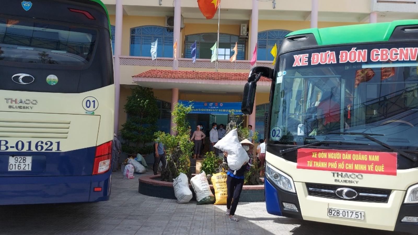 Ngày mai, Quảng Nam xuất phát đoàn xe đón 164 người từ TP.HCM về quê đợt đầu tiên