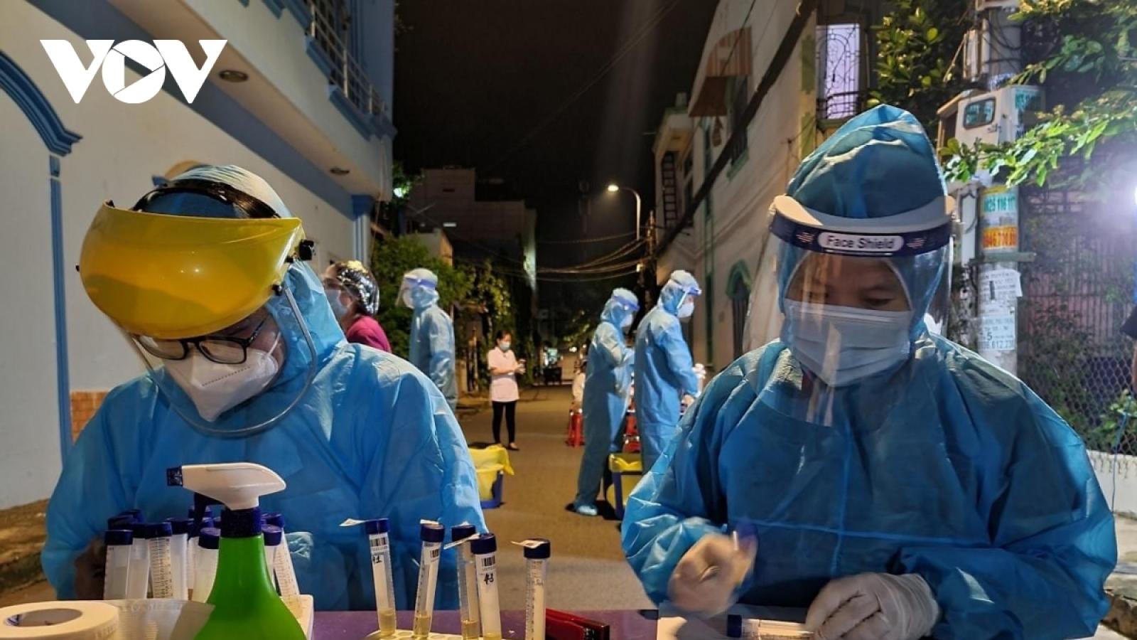 Hơn 2.000 tình nguyện viên đăng ký tham gia chống dịch tại TP.HCM