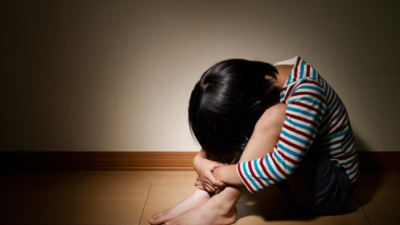 Cha mẹ làm gì để giải quyết những mâu thuẫn với con trong gia đình?