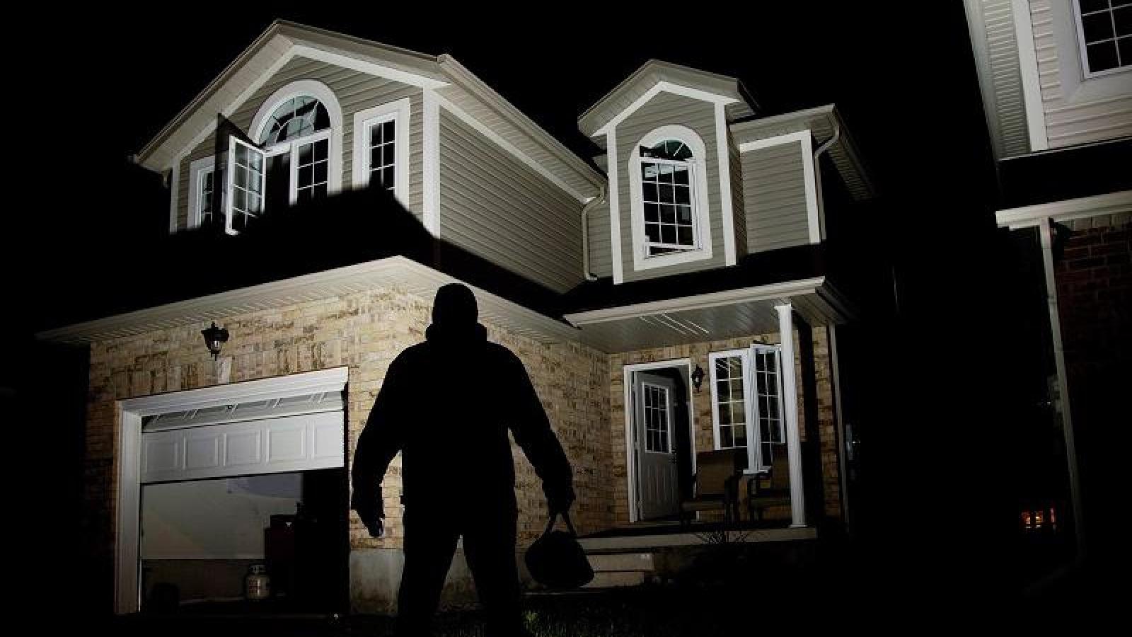 """Cách khiến trộm """"tránh xa"""" nhà bạn"""
