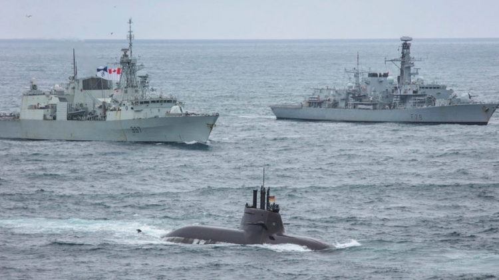 """Mỹ và đồng minh tăng cường nỗ lực tập trận nhằm """"săn"""" tàu ngầm Nga - Trung"""