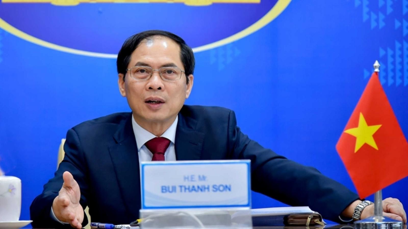 Bộ trưởng Ngoại giao Lào gửi thư chúc mừng Bộ trưởng Ngoại giao Bùi Thanh Sơn