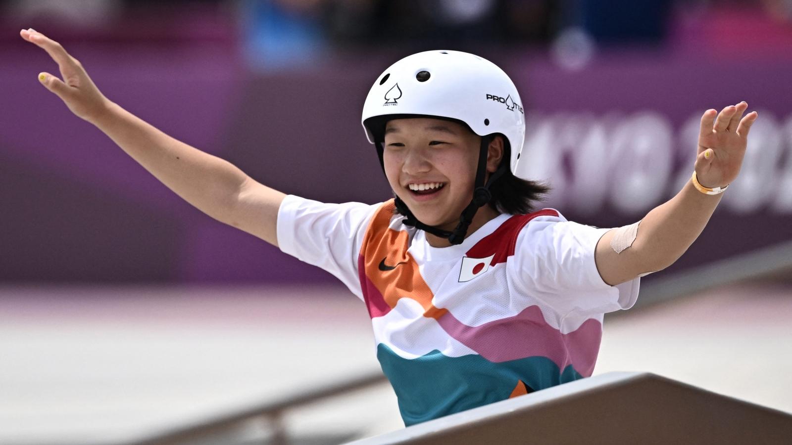 VĐV 13 tuổi giành HCV tại Olympic Tokyo