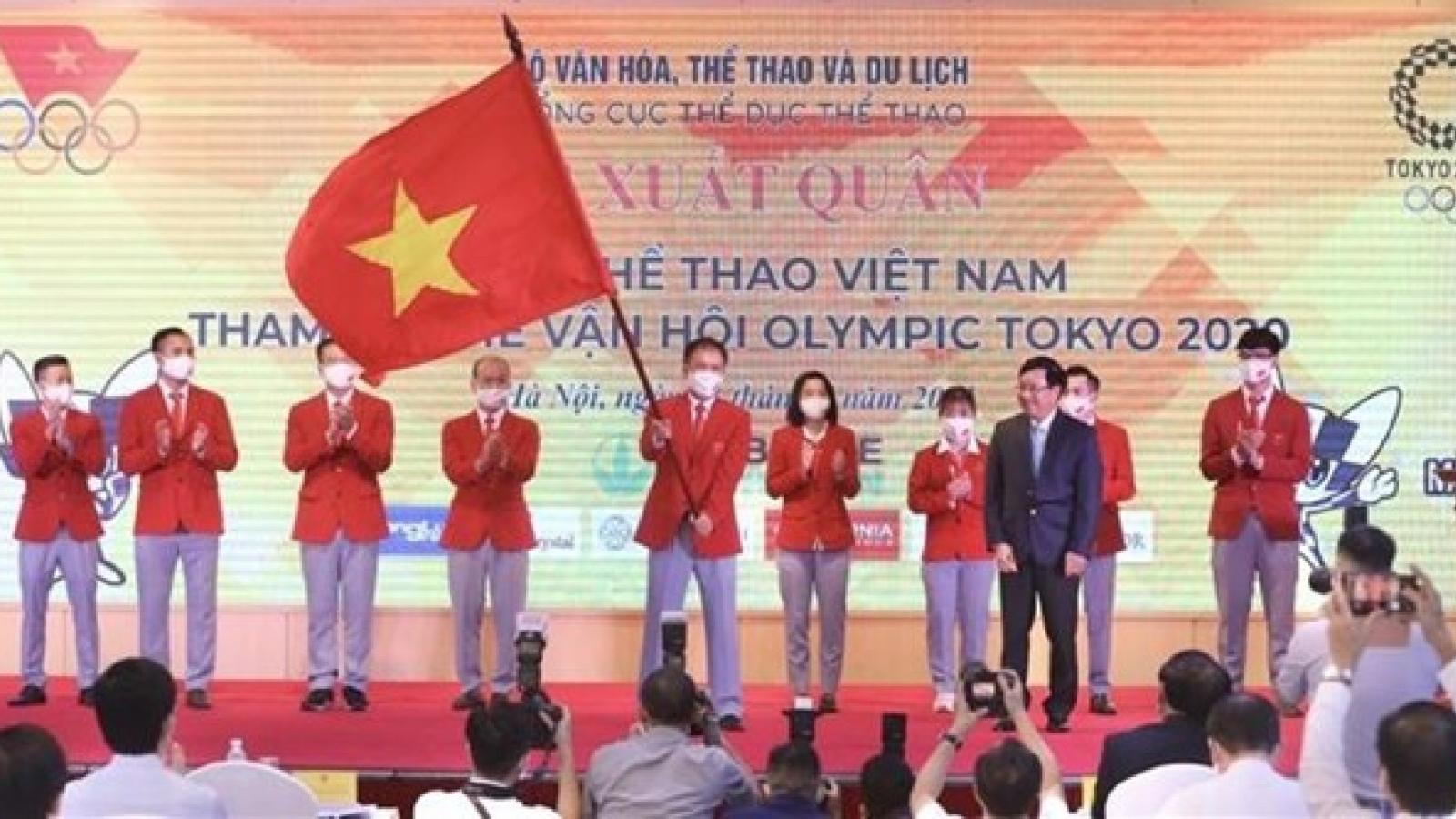 Vietnamese delegation sent off to Tokyo 2020 Olympics