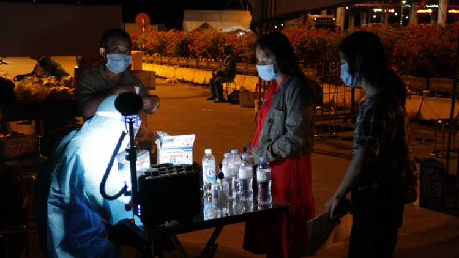 Nam thanh niên chạy xe máy từ Bình Dương về đến Nghệ An được xác định dương tính