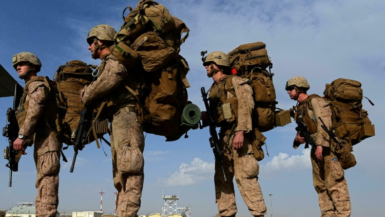 Mỹ khép lại cuộc chiến 20 năm ở Afghanistan, Taliban tuyên bố độc lập hoàn toàn