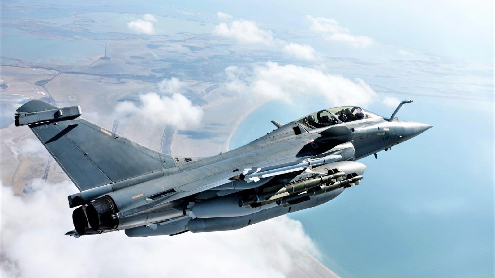 Lý do khiến Algeria bỏ ý định mua chiến đấu cơ Rafale để chọn Su-30MKA