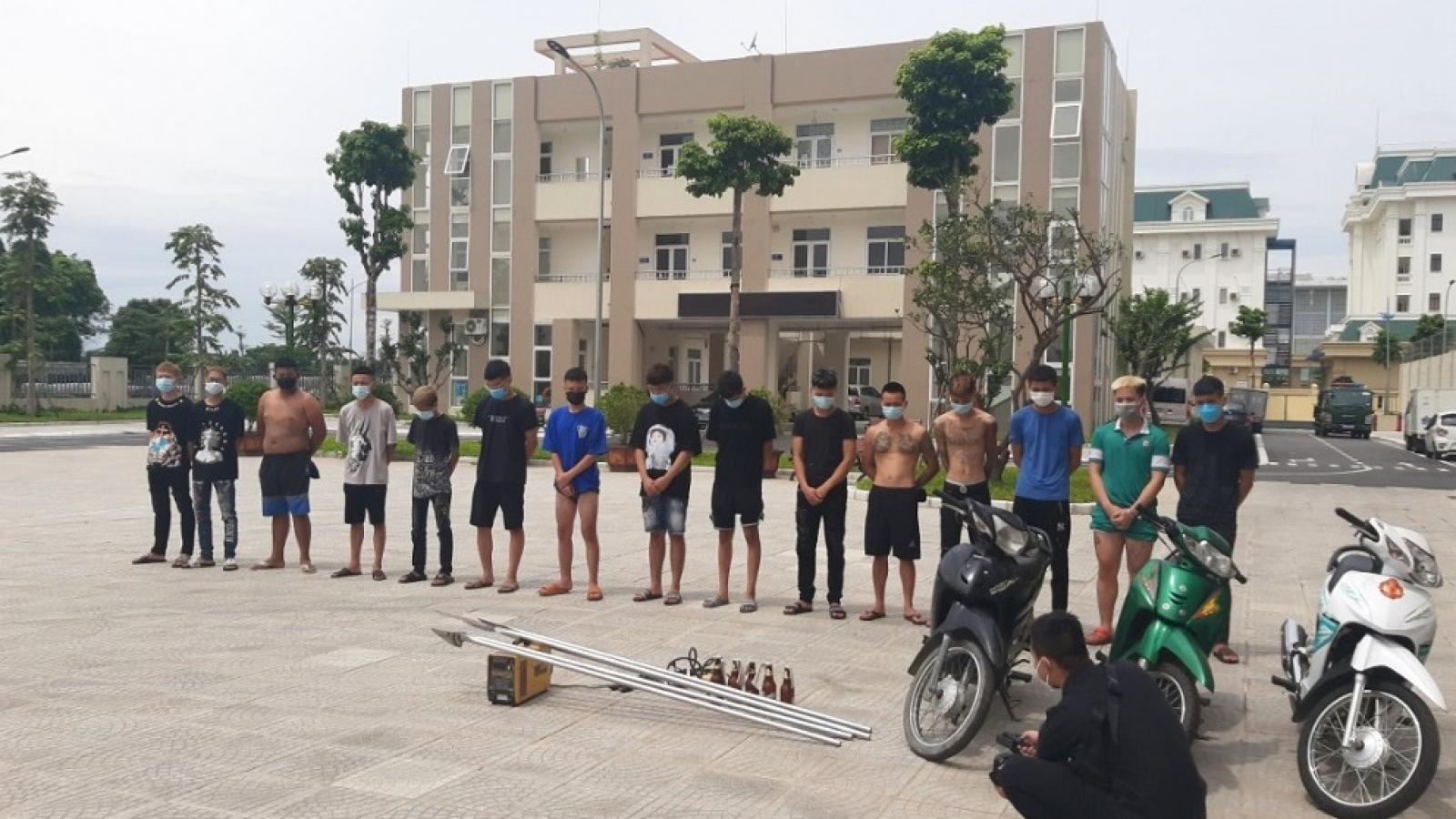 Bắt giữ nhóm thanh niên gây rối trật tự công cộng tại quận Bắc Từ Liêm