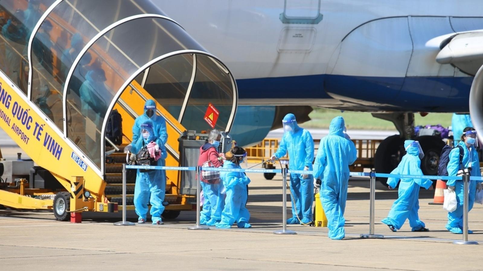 Hà Tĩnh đón công dân từ các tỉnh phía Nam bằng 2 chuyến bay về quê an toàn