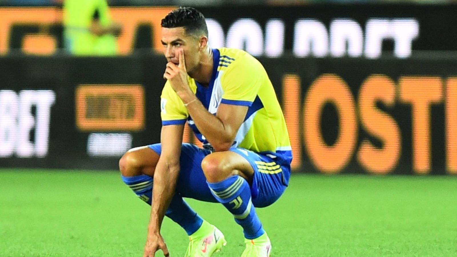 Ronaldo bị từ chối bàn thắng, Juventus rơi điểm trước Udinese