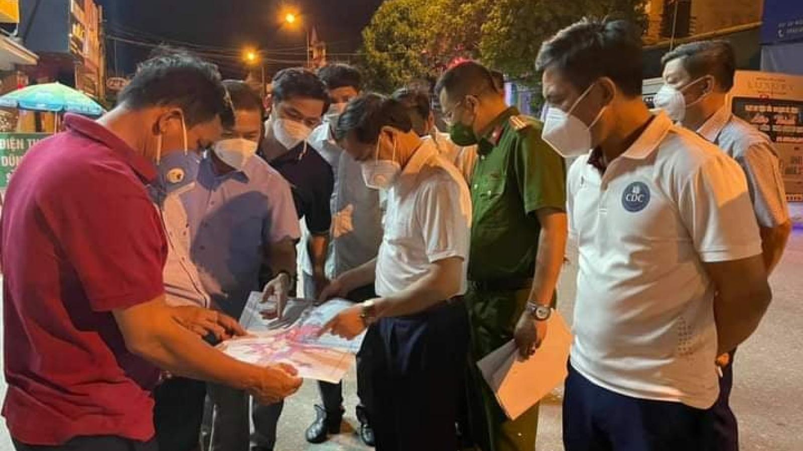Phát hiện ca nhiễm mới trong cộng đồng, Hà Tĩnh phong toả 8 tổ dân phố trong đêm