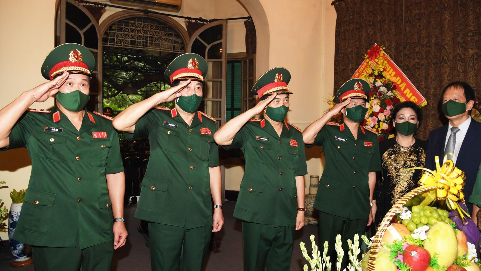 Quân ủy Trung ương-Bộ Quốc phòng dâng hương tưởng niệm Đại tướng Võ Nguyên Giáp