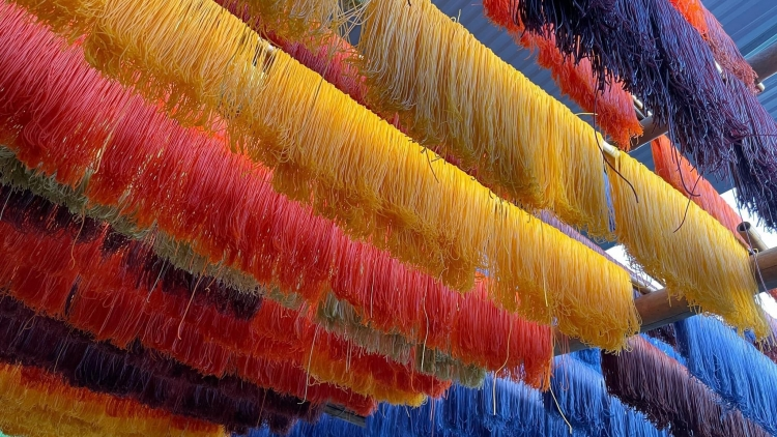 Hấp dẫn đặc sản bún ngũ sắc tại Cao Bằng