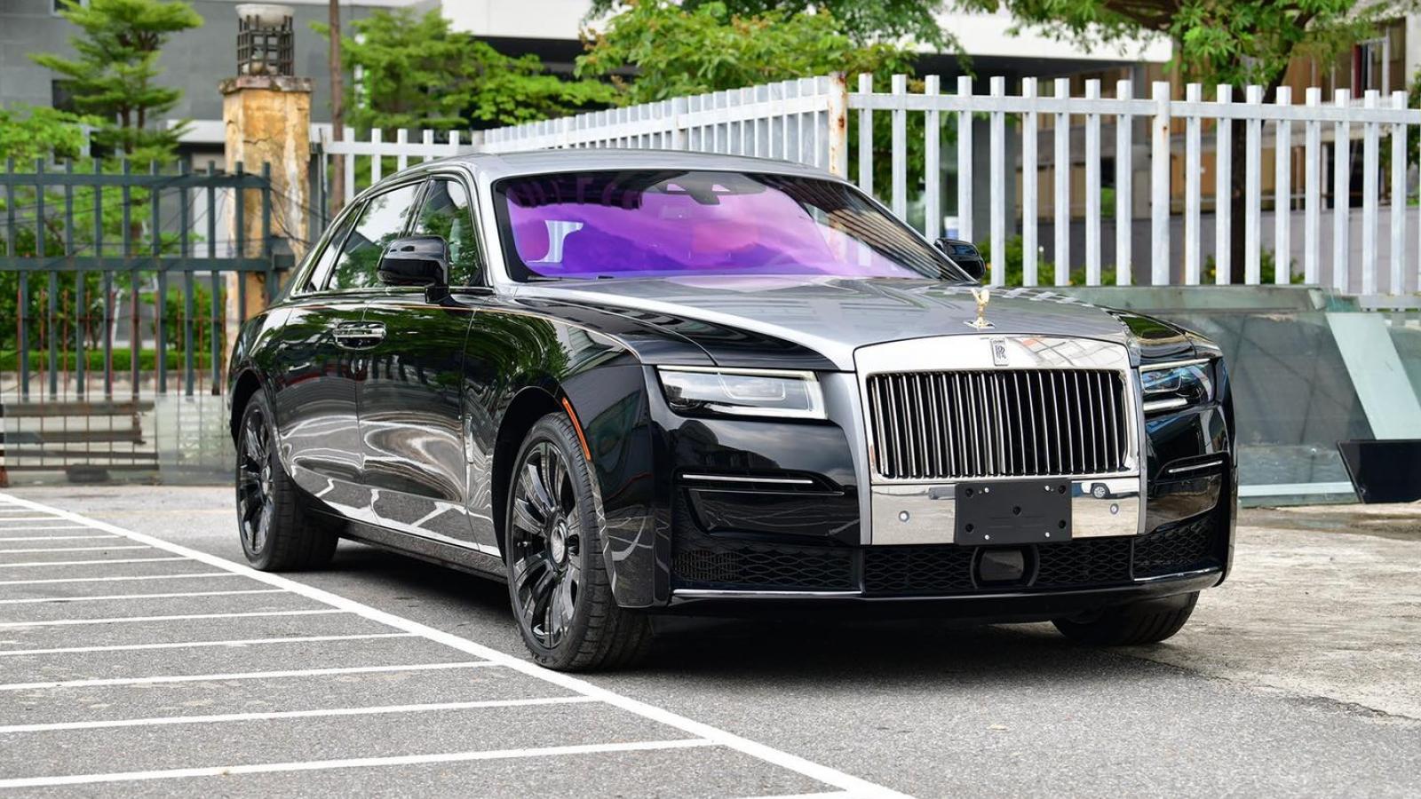 Cận cảnh Rolls-Royce Ghost thế hệ mới tại Việt Nam