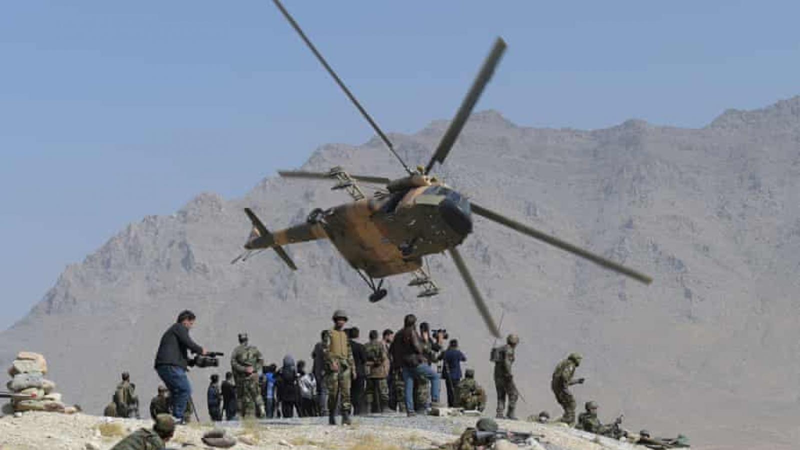Taliban thu giữ hơn 100 trực thăng Mi-17 của quân đội Afghanistan