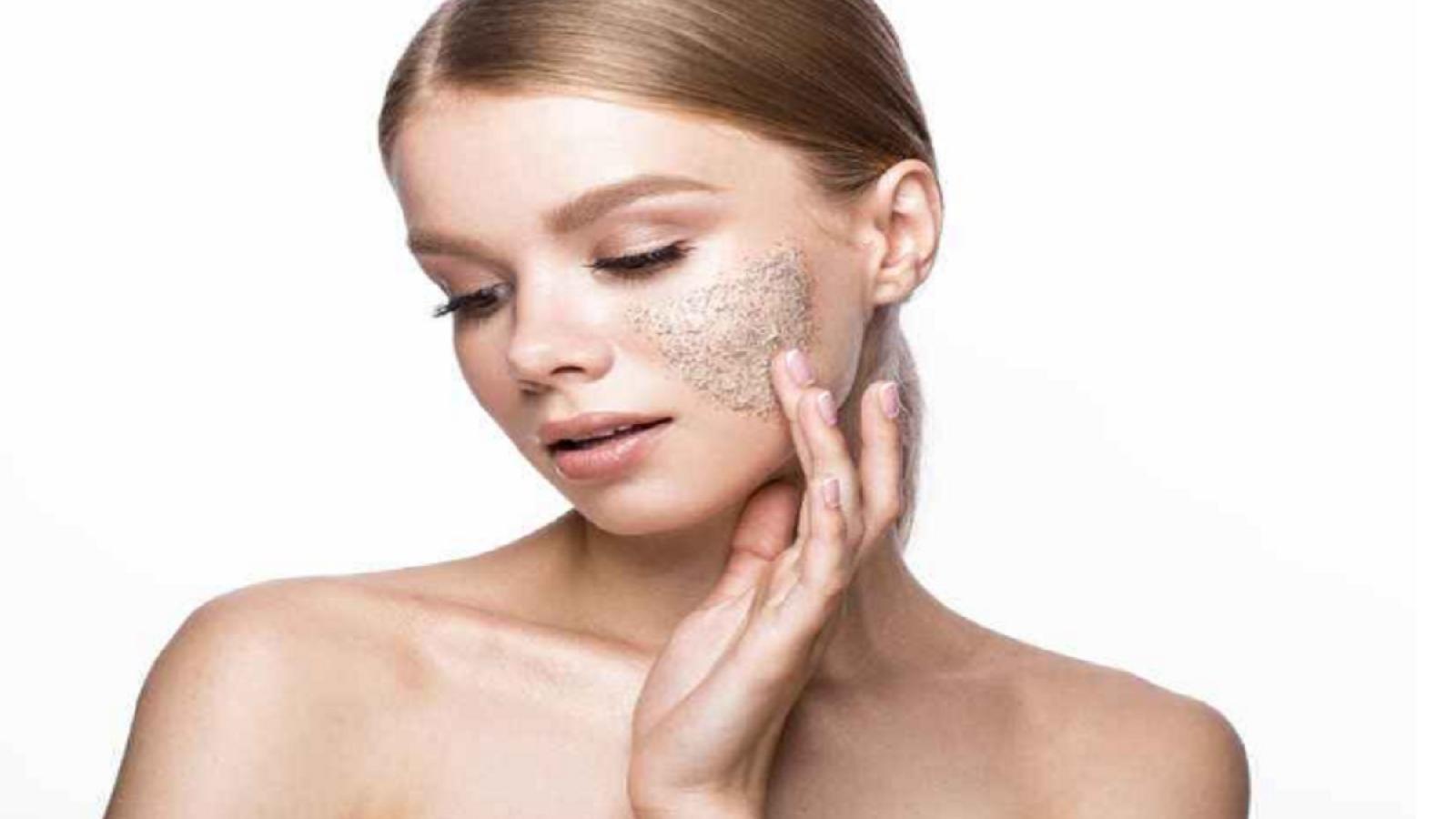 Tẩy da chết quá nhiều có thể gây hại cho làn da như thế nào?
