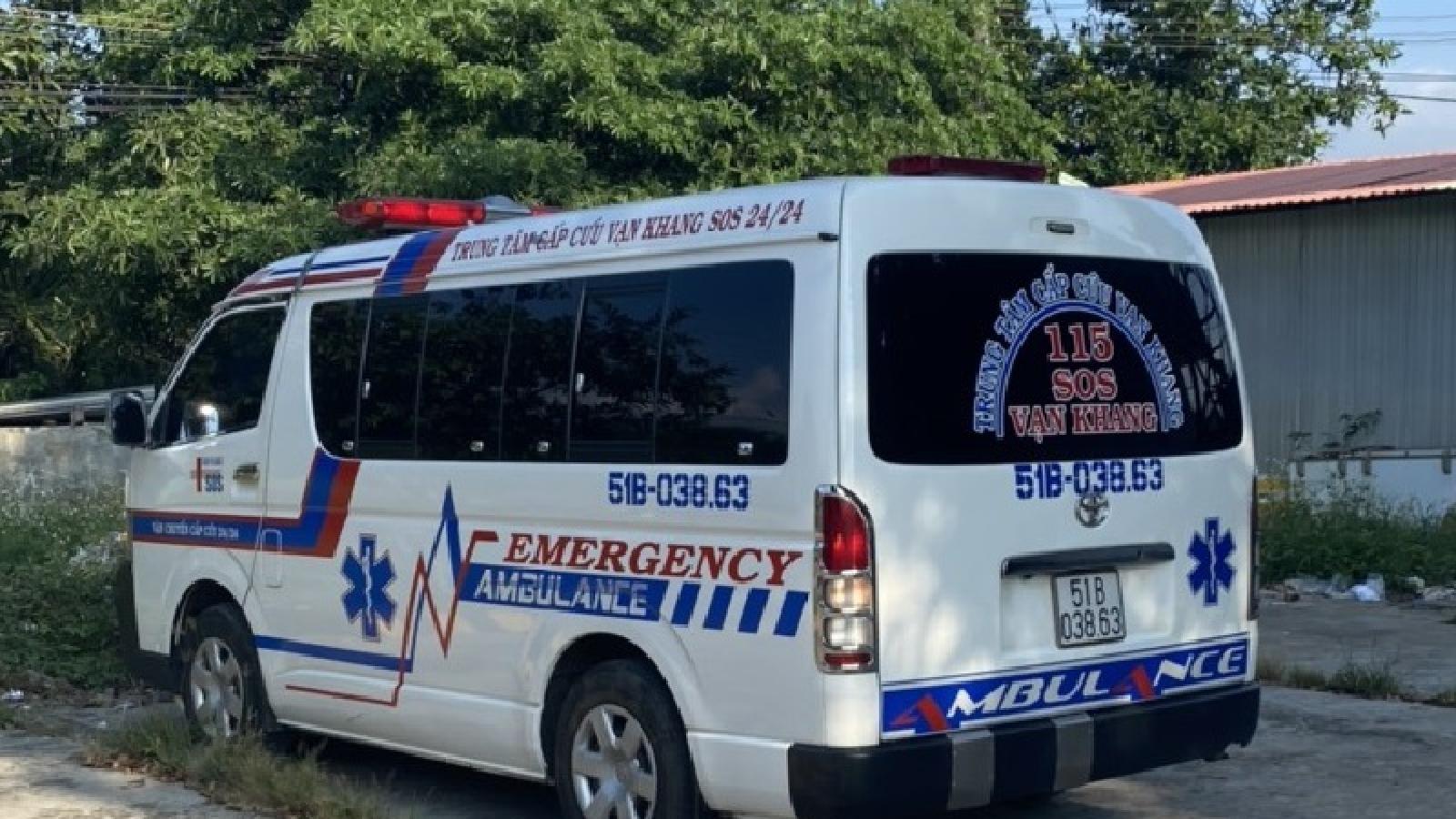 Liên tục phát hiện xe cứu thương chở người trái phép từ vùng dịch về Bình Thuận