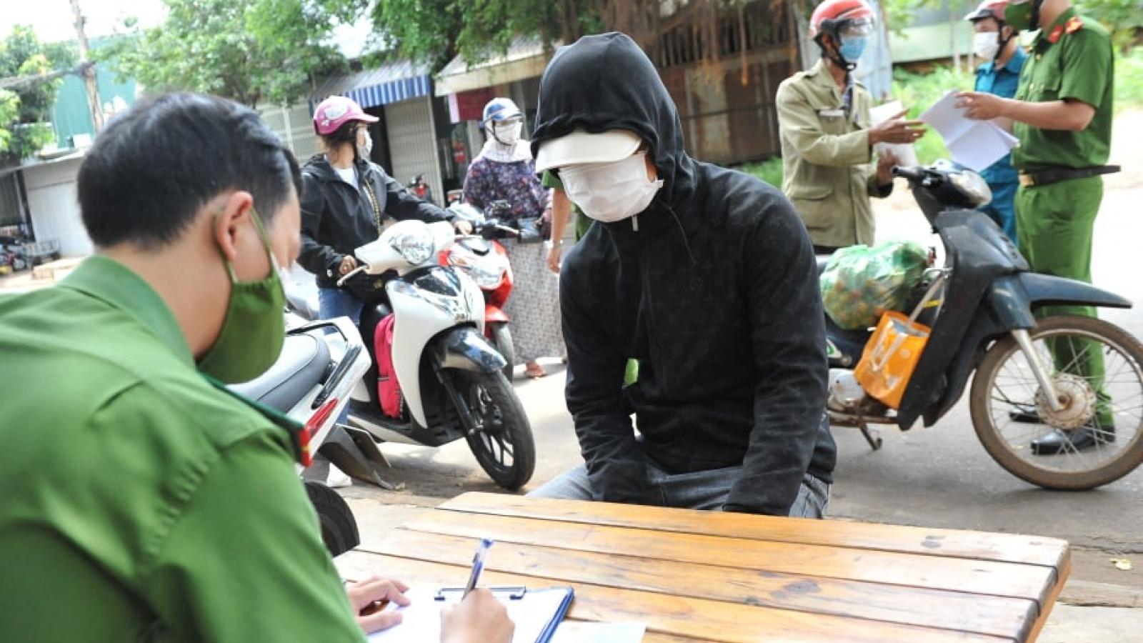 Thành phố Buôn Ma Thuột xử phạt 218 trường hợp vi phạm Chỉ thị 16