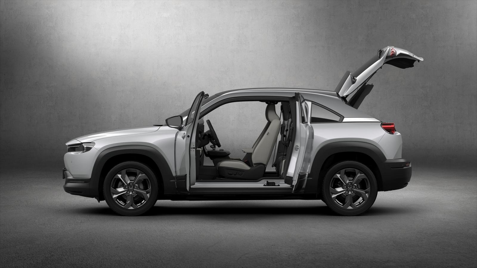 Lộ diện Mazda MX-30 2021 giá bán từ 763 triệu đồng