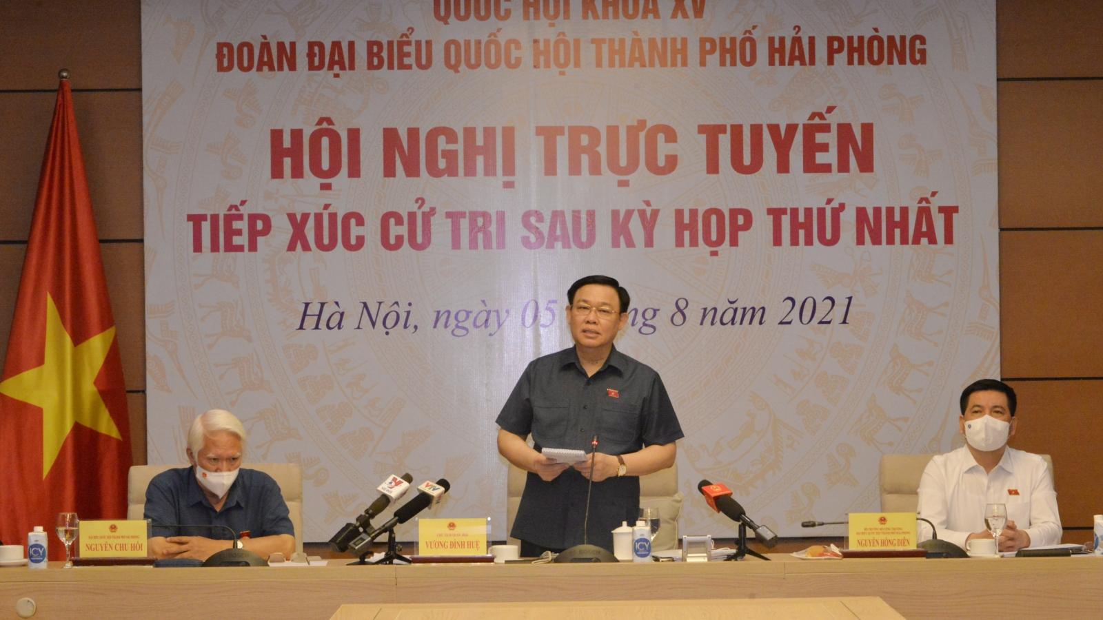 Chủ tịch Quốc hội tiếp xúc trực tuyến cử tri Hải Phòng với hơn 200 điểm cầu