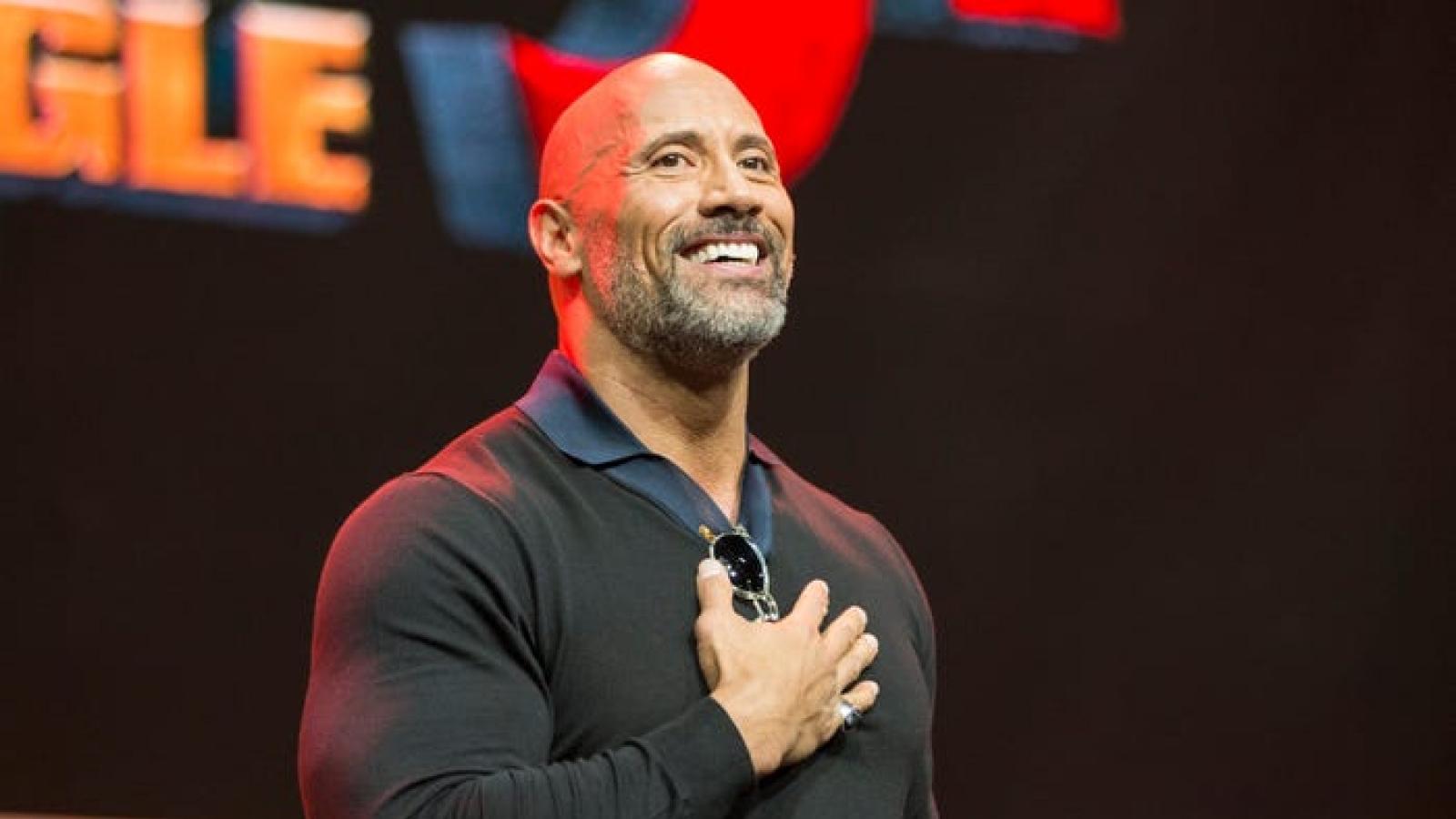 The Rock - từ cầu thủ bóng bầu dục thất bại đến siêu sao Hollywood
