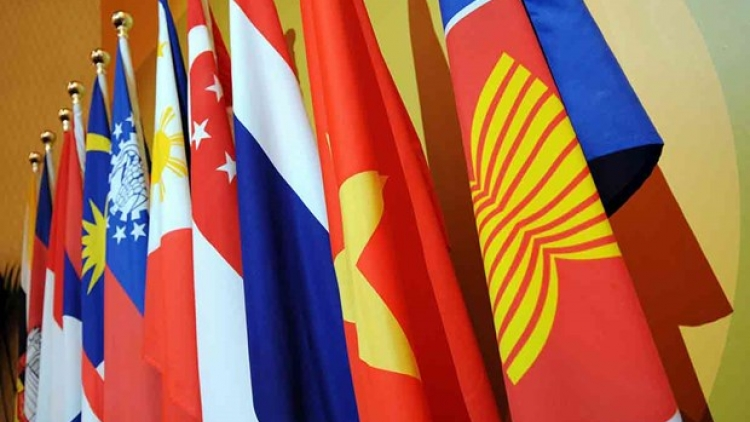 ASEAN Foreign Ministers meet to address challenges