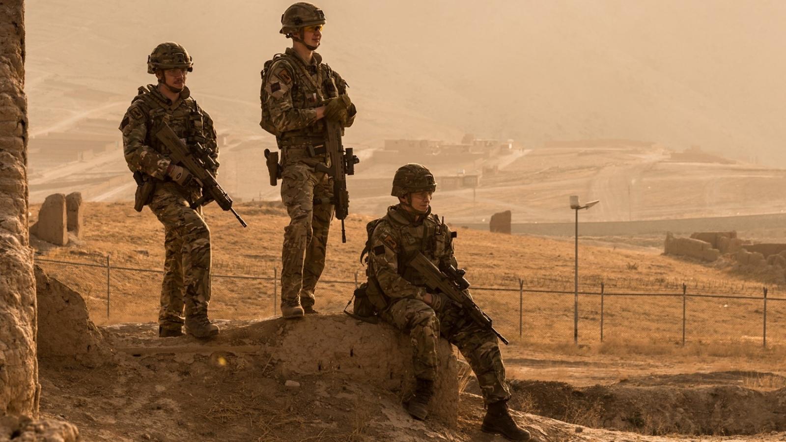 Anh chỉ trích thỏa thuận của Mỹ với Taliban về việc rút quân khỏi Afghanistan
