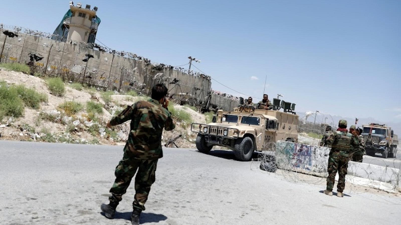 Phiến quân Taliban tấn công trụ sở Liên Hợp Quốc ở Afghanistan, giao tranh dữ dội ở Herat