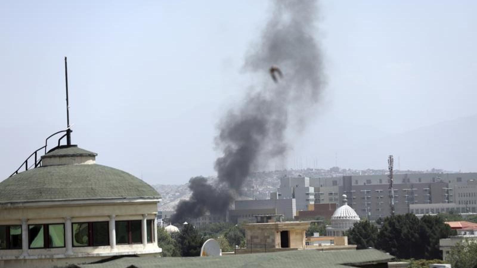 Đại sứ quán Mỹ đốt tài liệu mật và sơ tán gấp nhân viên khỏi Afghanistan tránh Taliban