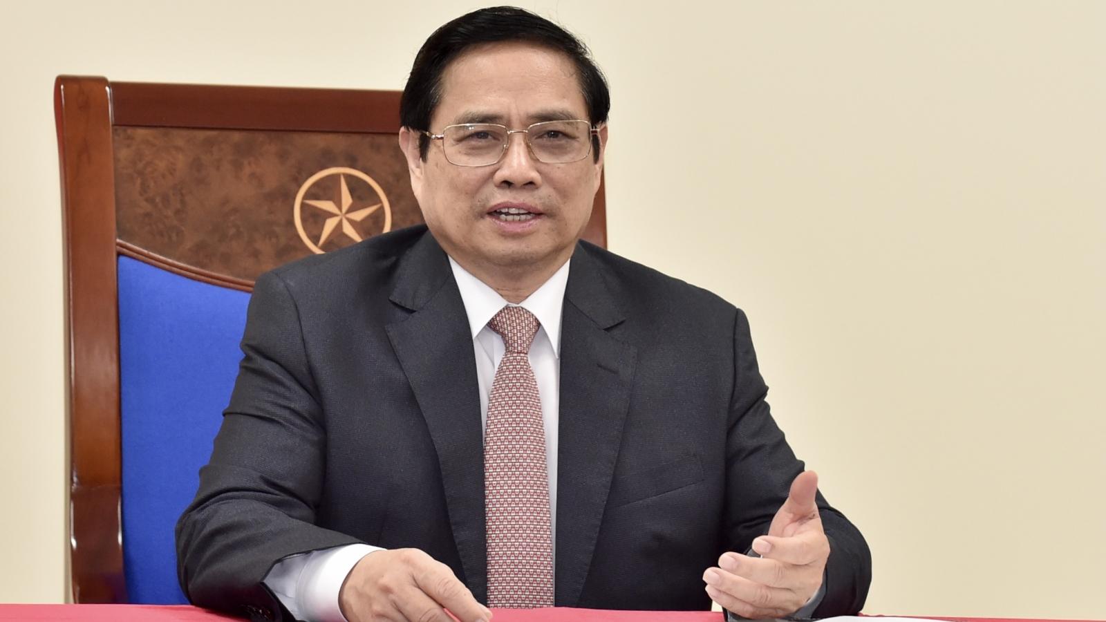 Thủ tướng điện đàm với Tổng giám đốc AstraZeneca, thúc đẩy đưa vaccine về Việt Nam