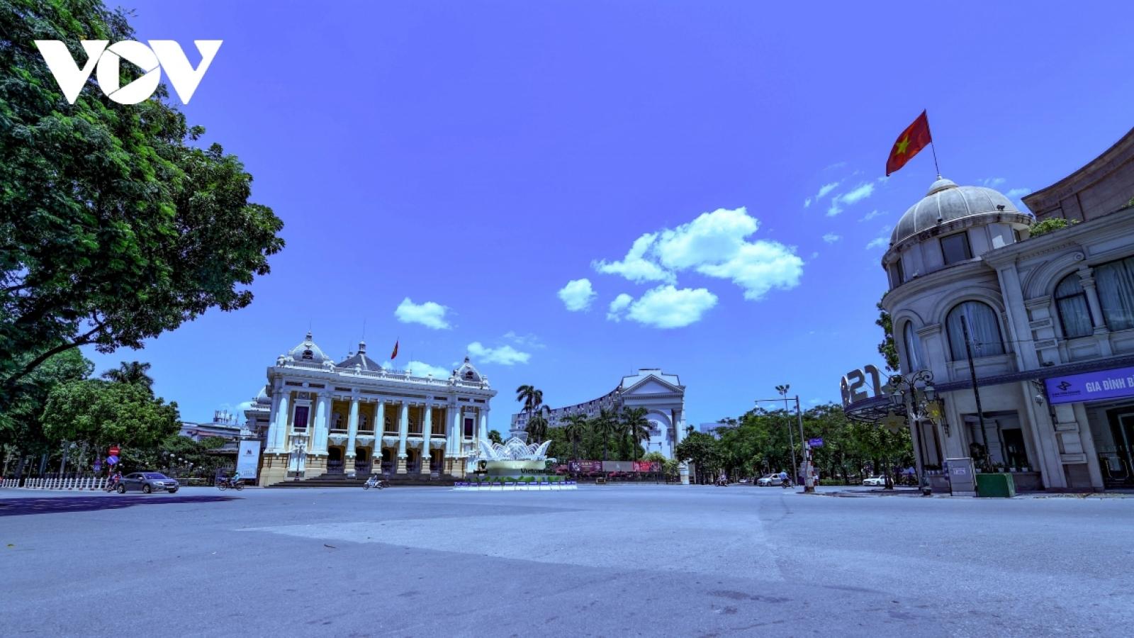 Hanoi capital extends social distancing measures till September 6
