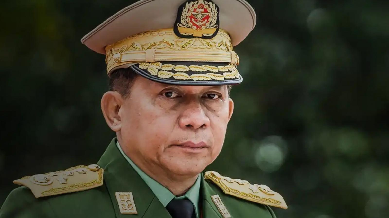 Lãnh đạo quân đội Myanmar cam kết bầu cử và hợp tác với ASEAN