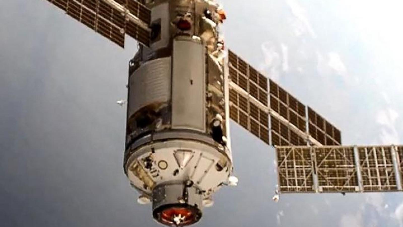 Bên trong phòng thí nghiệm đa năng Nauka của Nga trên ISS