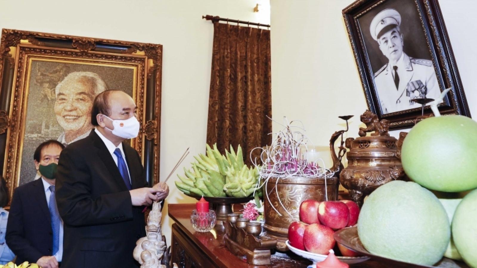 State President commemorates legendary General Vo Nguyen Giap