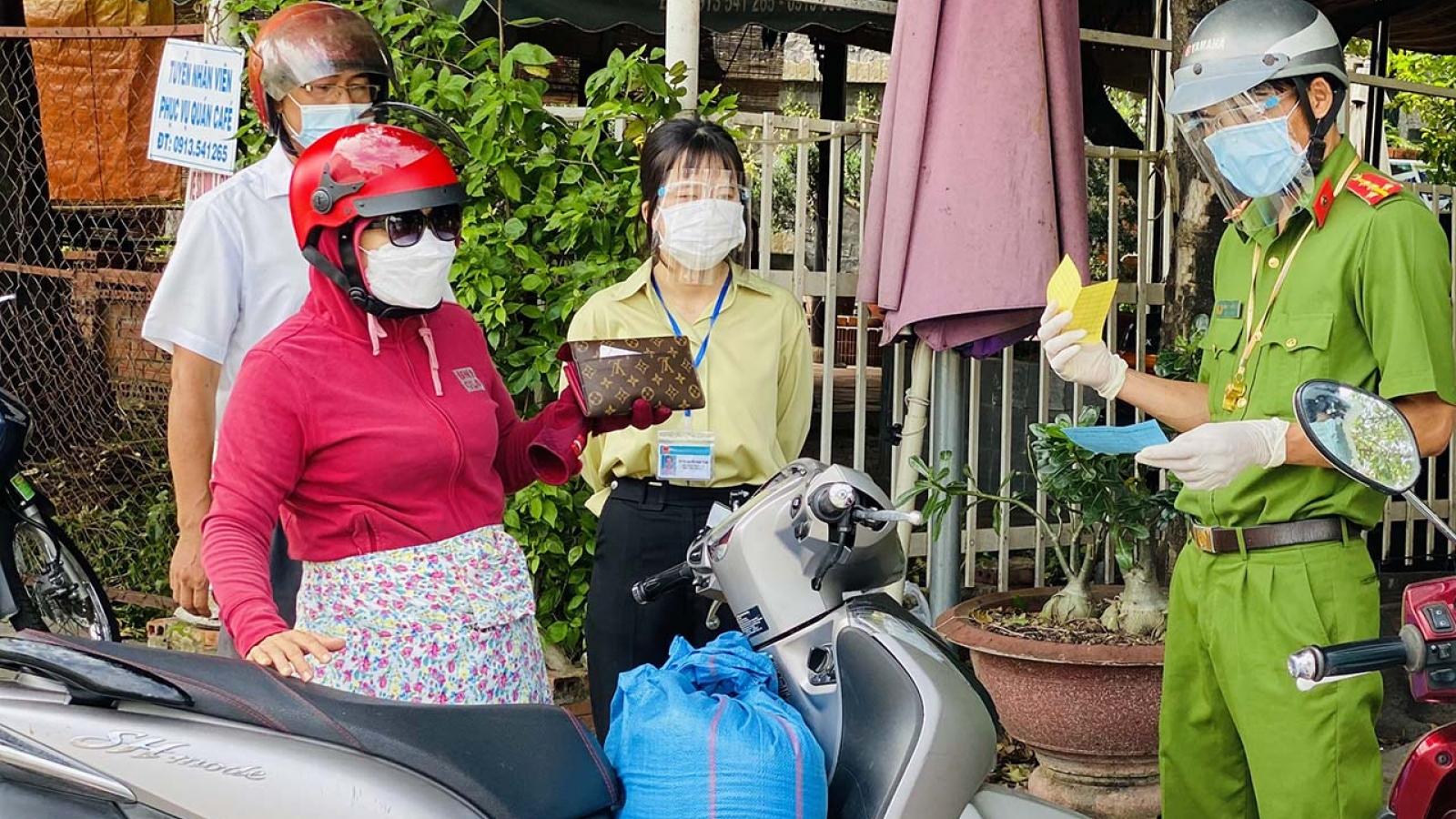 Xử phạt hơn 400 trường hợp ở Tây Ninh khi ra đường không cần thiết