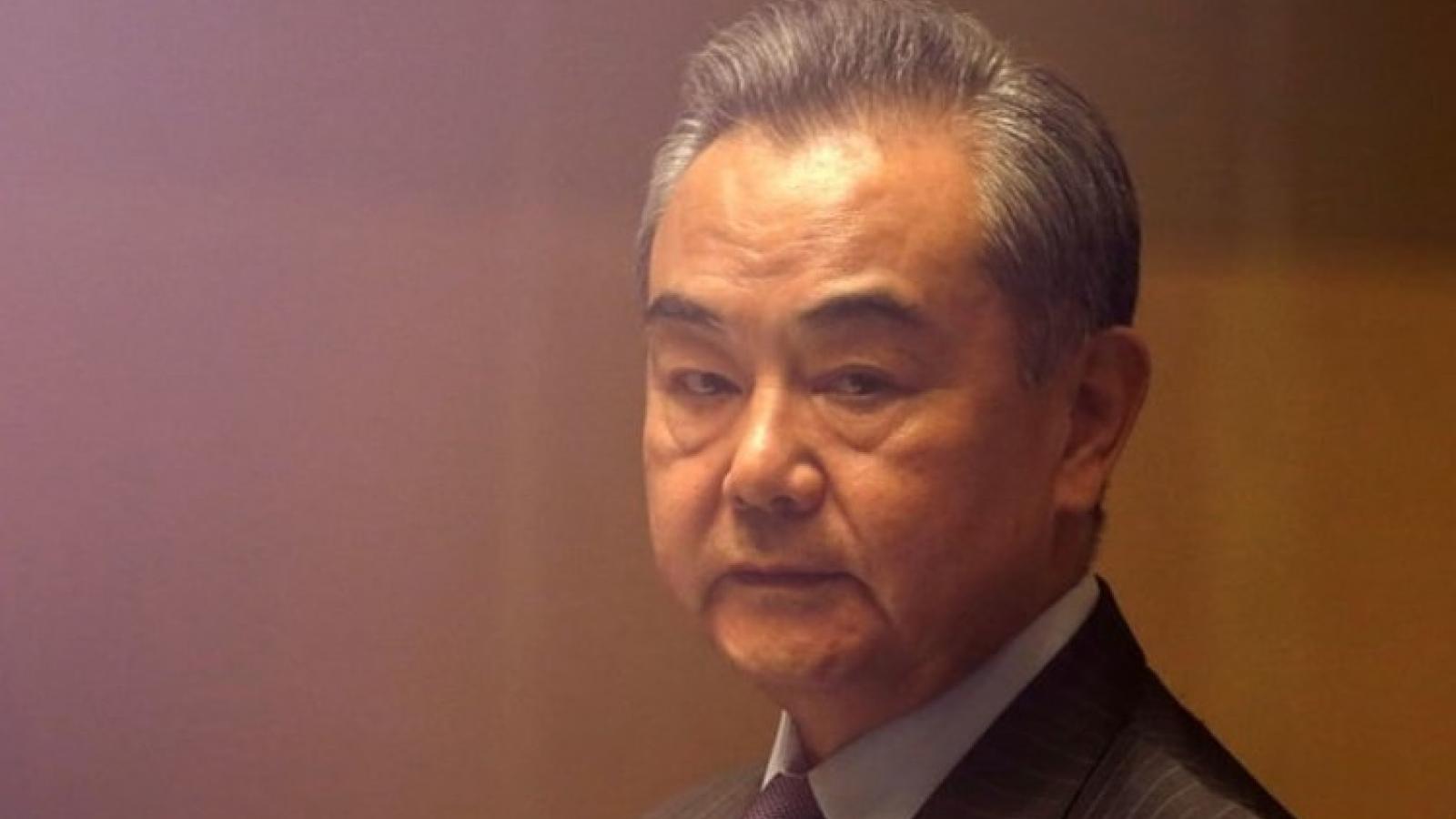 """Ngoại trưởng Trung Quốc: Thế giới cần """"tích cực hướng dẫn"""", giúp đỡ Taliban ở Afghanistan"""