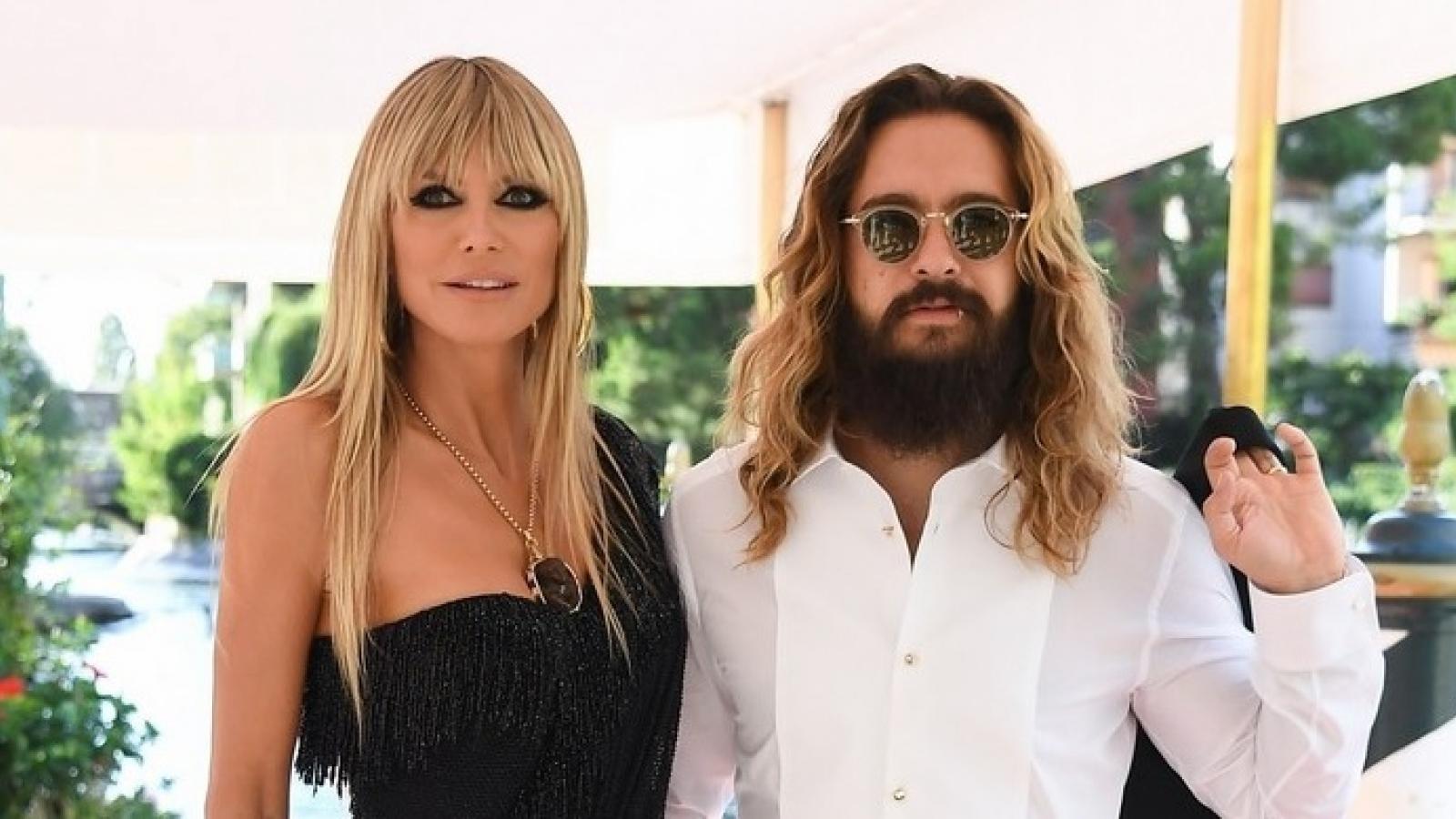"""""""Siêu mẫu nội y"""" Heidi Klum phô dáng quyến rũ bên chồng trẻ tại sự kiện"""