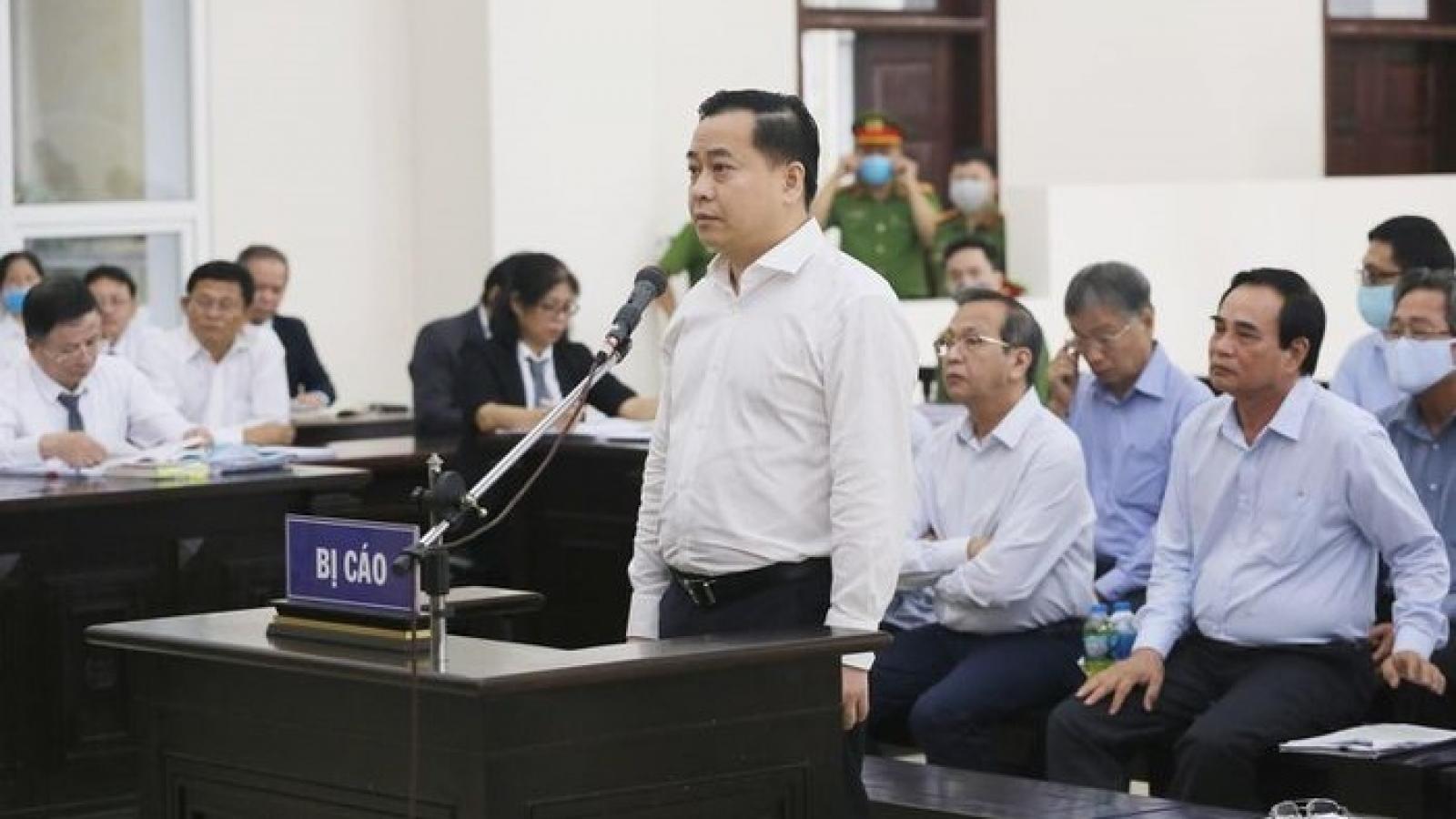 """Ngoài 5 tỷ đồng, Phan Văn Anh Vũ khai nhiều lần biếu """"quà"""""""