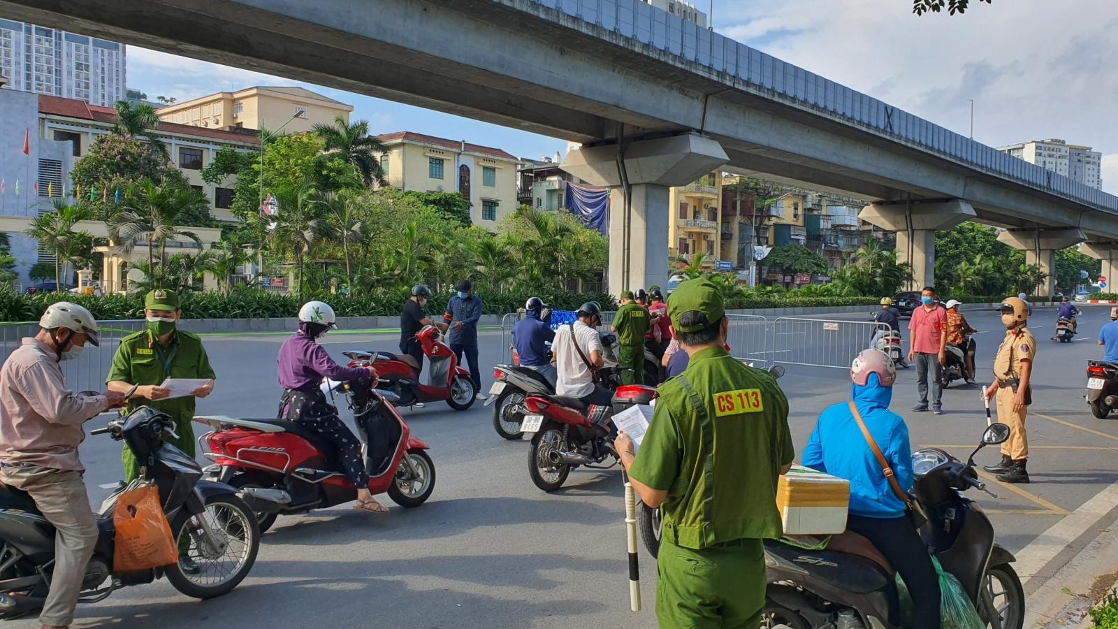 Hà Nội xử phạt 948 trường hợp vi phạm phòng, chống dịch