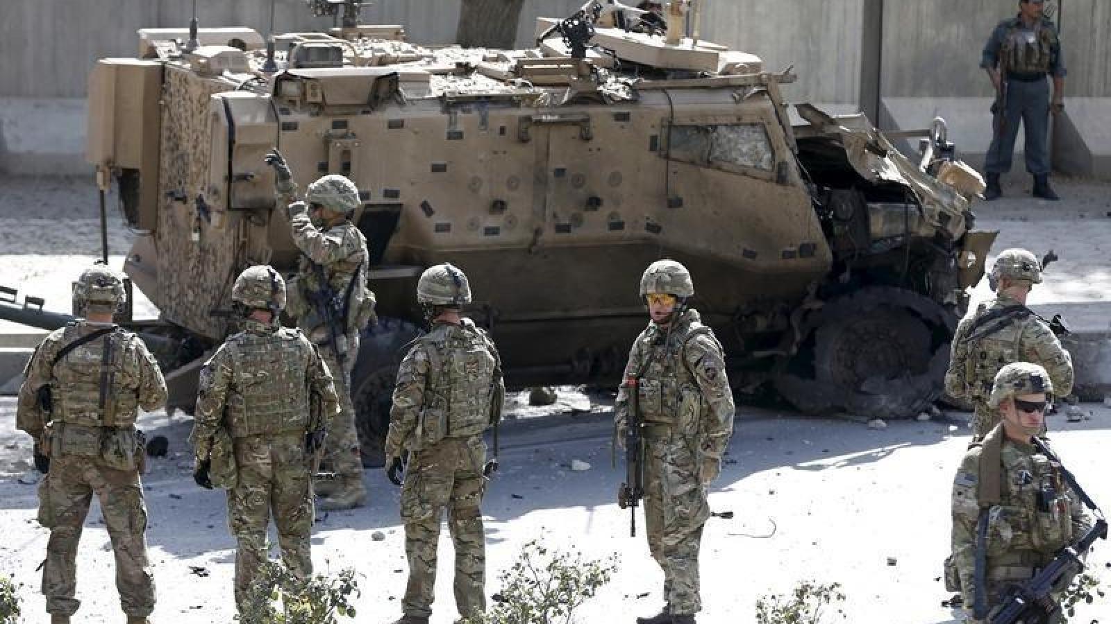 NATO duy trì hiện diện tại Afghanistan, các nước láng giềng chuẩn bị cho làn sóng di cư