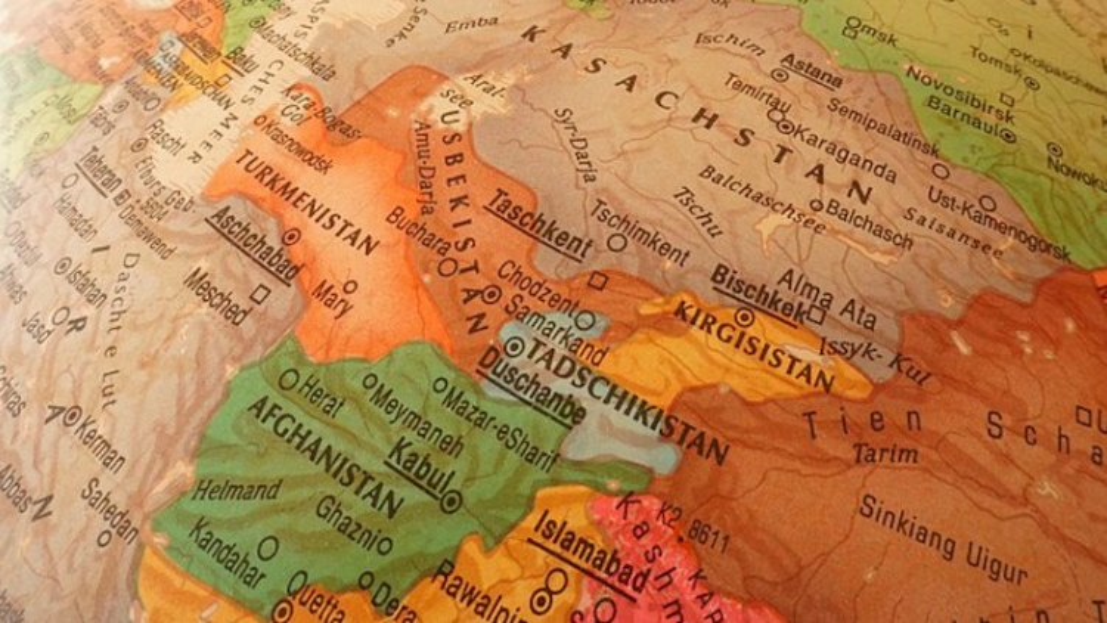"""Diễn biến """"không kịp trở tay"""" ở Afghanistan khiến cán cân quyền lực khu vực chao đảo"""
