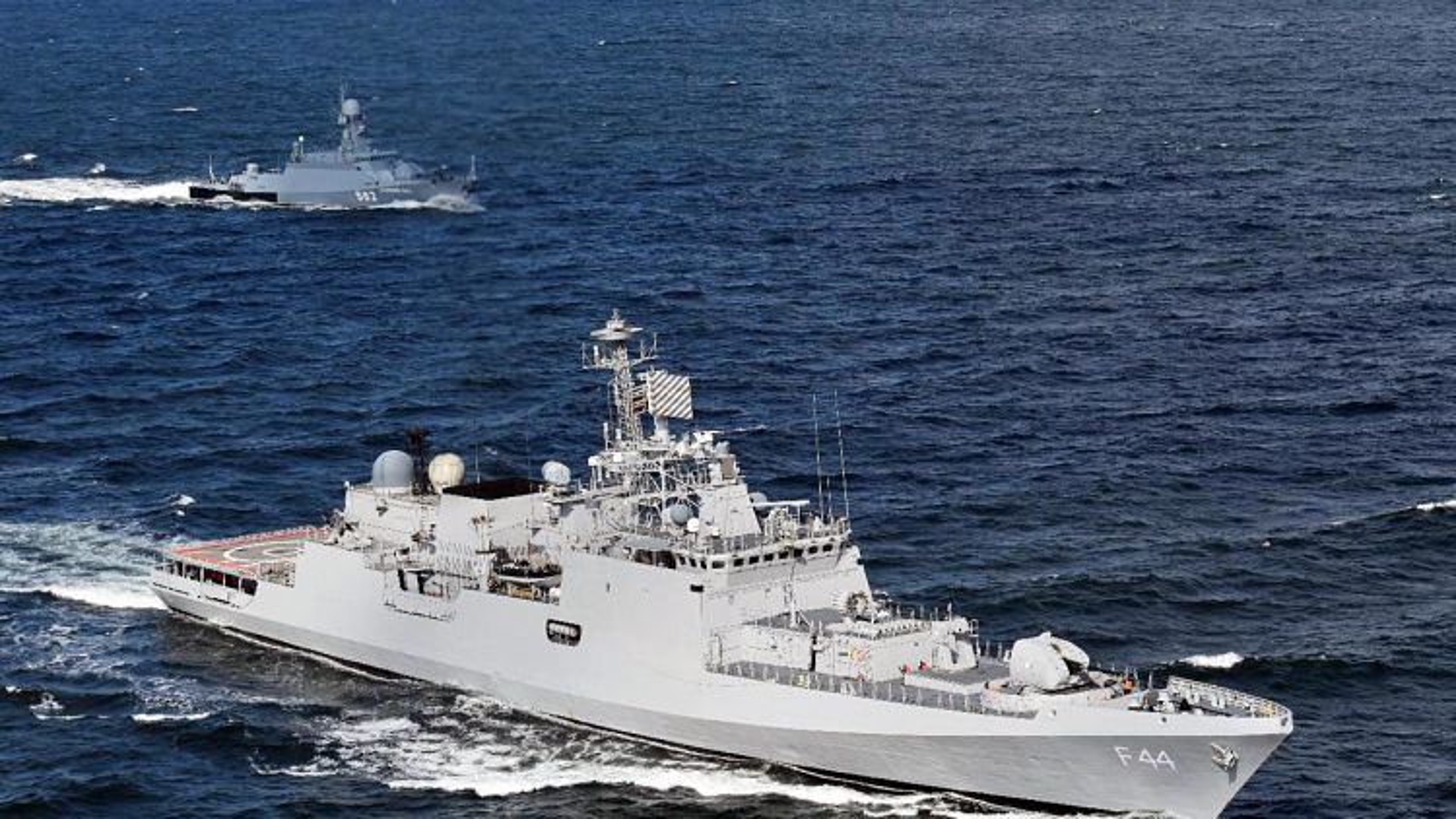 Ấn Độ cử 4 tàu chiến tới Biển Đông tham gia nhiều cuộc tập trận