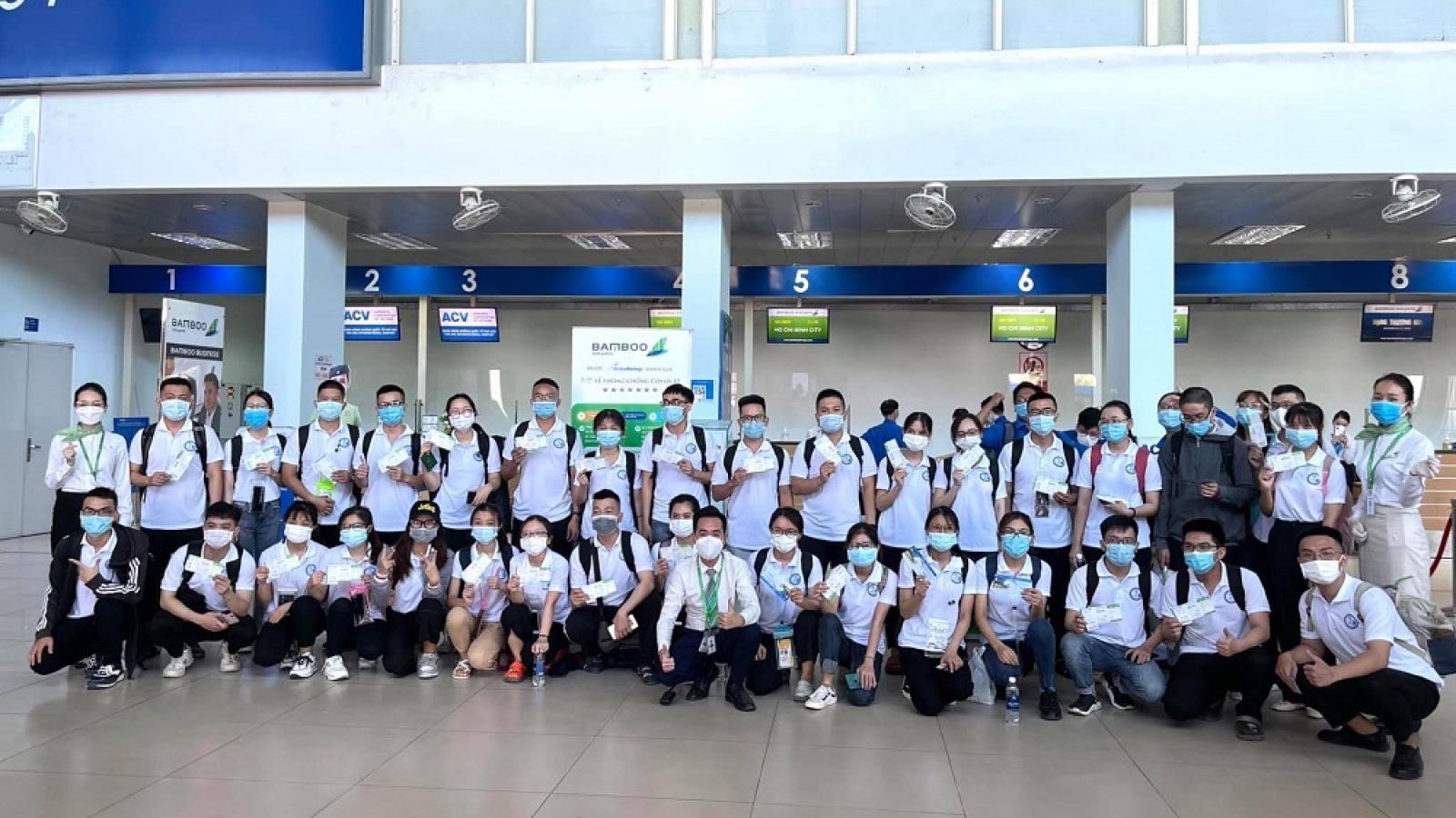 Bamboo Airways điều chuyên cơ đưa đoàn y bác sĩ tiếp viện Đồng Nai chống dịch